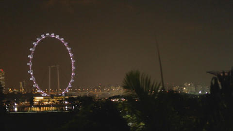 right left pan - singapore skyline at night Live影片