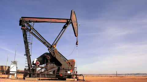 Pump Jack Run Bakken Oil Field South Dakota Near Williston ビデオ