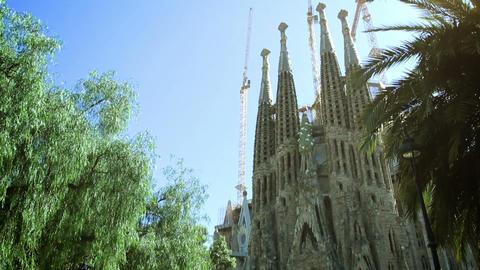 BARCELONA, SPAIN - 20 MAY, 2015: Sagrada Familia in Barcelona, Spain Acción en vivo