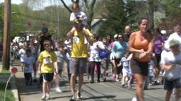 Large marathon crowd (5 of 12) Stock Video Footage