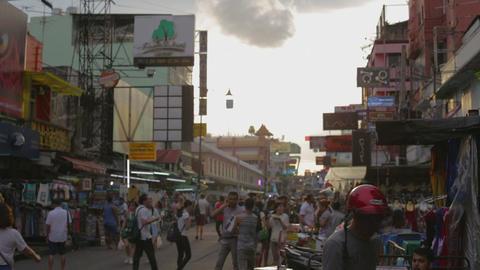 sunset establishing shot - khaosan road Live影片