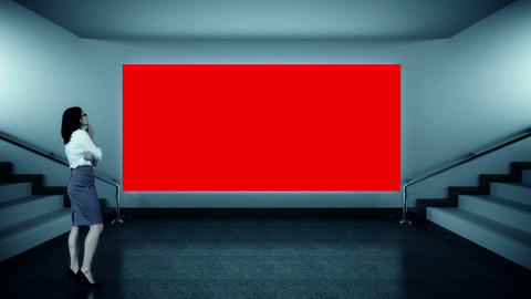 Businesswoman looking at red screen Animation