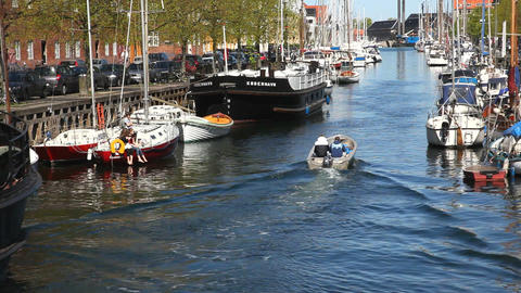 The Canal through the quarters of Christianshavn Stock Video Footage