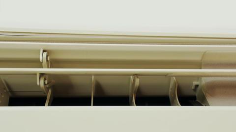 Close up of air conditioner ライブ動画