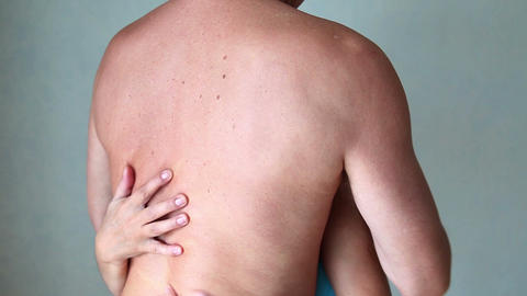 Sex - Woman's hands caress the man's back ビデオ