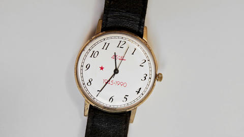 1080p Soviet Quartz Wristwatch Souvenir of 1990 for Veterans in Honor of The Footage