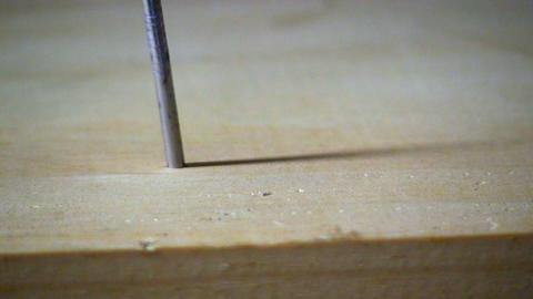 Hammer & Nail; 4 Footage
