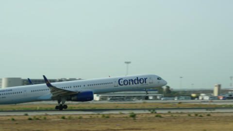 Boeing 757 Taking Off at Majorca Airport 4k Footage
