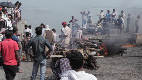 Burning Of Corpses At Ghat In Varanasi India 1