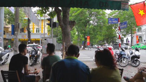 french style vietnamese coffee shop - people watching Live影片