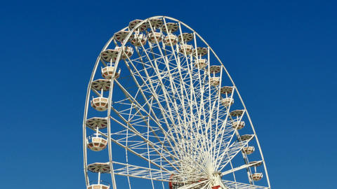 Great Classical Fair Ferris Wheel In Toulouse Live Action