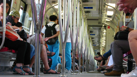 Passenger traffic in Singapore subway (MRT) Stock Video Footage