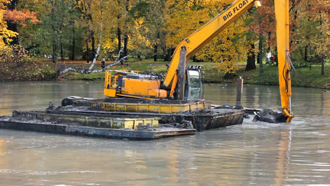 Dredging machine Footage