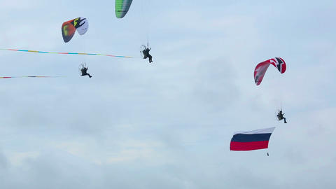 Moto paragliders Live Action