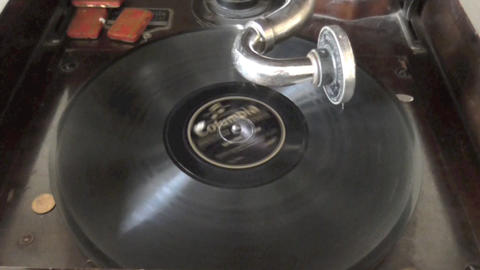 Old Phonograph , Gramaphone RCA Victor machine Live Action