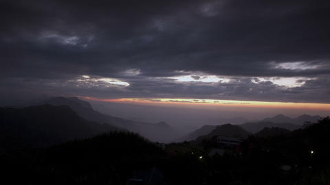 SNY 30125 P 09 12all 嘉義隙頂雲霧之美 The Beautifull Mountain Mist In Ta stock footage