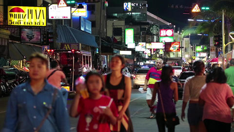 Road traffic and people on the Beach Road in Pattaya, Thailand Footage