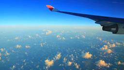 朝の雲海と飛行機の翼,空撮 Footage