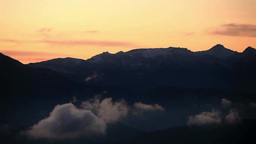 朝の八ケ岳と富士山と流れる雲 Live Action