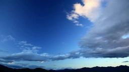 四阿山などの山並みと流れる雲 夕景 Footage