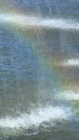 噴水の水しぶきにかかる虹 Footage