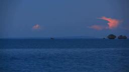 朝焼けとロードパーク南東沖の岩礁 Footage