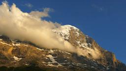 青空の雲とアルプス Footage