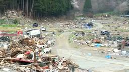 東日本大震災の被災地と白浜の道とがれき Footage