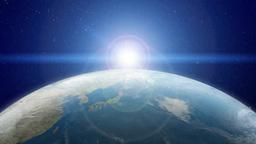 日本が見える地球の北半球に陽が昇る Footage