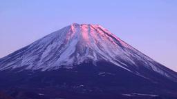 本栖湖から望む夕映えの富士山 Footage