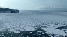 知床西海岸の流氷とウトロ港 Footage