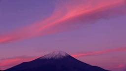 二十曲峠から望む朝焼けの富士山 Stock Video Footage