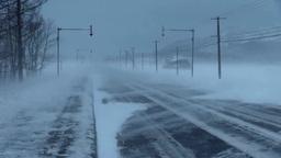 猛吹雪と道 Stock Video Footage