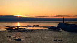 灯台と流氷とけあらしの朝 Stock Video Footage