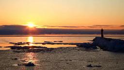 灯台と流氷とけあらしの朝 Footage