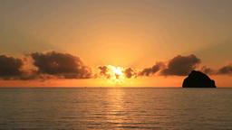 扇浦海岸の夕陽 Stock Video Footage