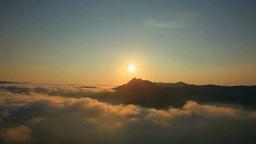 霧の摩周湖の日の出と摩周岳 Footage