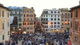 スペイン広場の夕景とコンドッティ通りと街並み Footage
