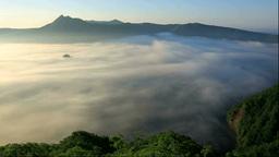 霧の摩周湖の朝 Stock Video Footage