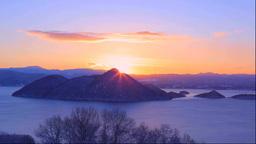 冬の洞爺湖の日の出 Stock Video Footage