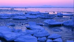 流氷と夜明の国後島 Stock Video Footage