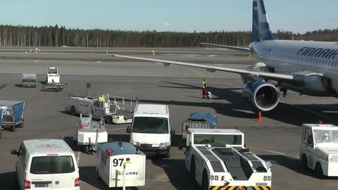 Helsinki Vantaa Airport 05 handheld Footage