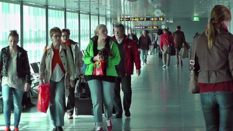 Helsinki Vantaa Airport 13 handheld Footage
