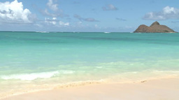 Beautiful beach in Honolulu, Hawaii Stock Video Footage