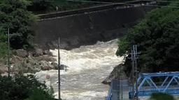 運河を流れる濁流 Footage