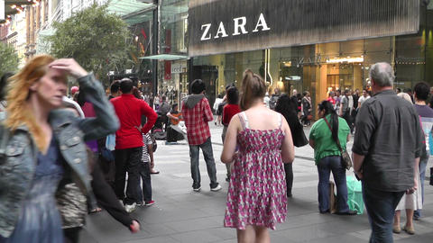 Sydney Pitt Street pedestrians Stock Video Footage