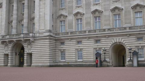 Buckingham Palace Entrance View Live Action