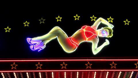 Nightclub in Paris. Night. France. 4K Acción en vivo