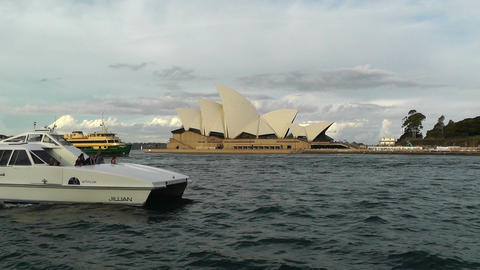 Sydney Opera House 10 ships Stock Video Footage