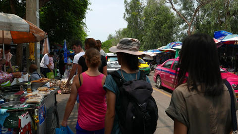 People, tourists, car on Kamphaeng Phet 3 road, daytime bustle, bazaar marketing ภาพวิดีโอ